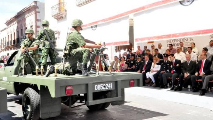 PRESENCIA MAR DESFILE CONMEMORATIVO DEL CCI ANIVERSARIO DE LA INDEPENDENCIA DE MÉXICO