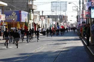CON DESFILE, CONMEMORA GOBIERNO DE FRESNILLO Y SEC DÍA DE LAS NACIONES UNIDAS