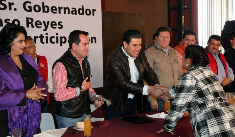 ENTREGA GOBERNADOR ACREDITACIONES A PRESIDENTES DE COMITÉS CIUDADANOS DE FRESNILLO
