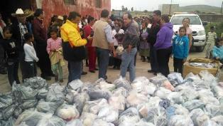 CONTINÚA ENTREGA DE APOYOS EN COMUNIDADES AFECTADAS POR LAS LLUVIAS