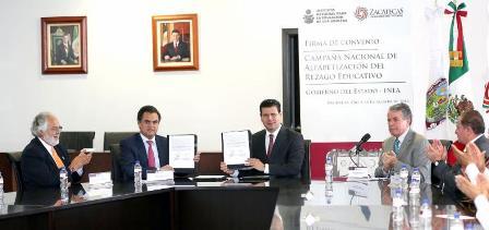 REDUCIRÁN GOBERNADOR E INEA REZAGO EDUCATIVO