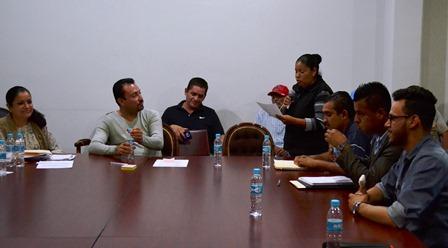 ACCEDERÍAN COLONOS DE 'EL HUIZACHE'  A PROGRAMAS SOCIALES