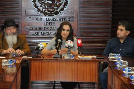 EXPOSICIÓN ARTÍSTICA PROMOVIDA POR LUPiTA FLORES Y PEDRO VALTIERRA SE EXHIBIRÁ EN EL SENADO.