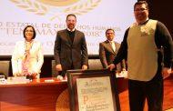 Entrega CDHEZ Premio Estatal de Derechos Humanos a la Fundación