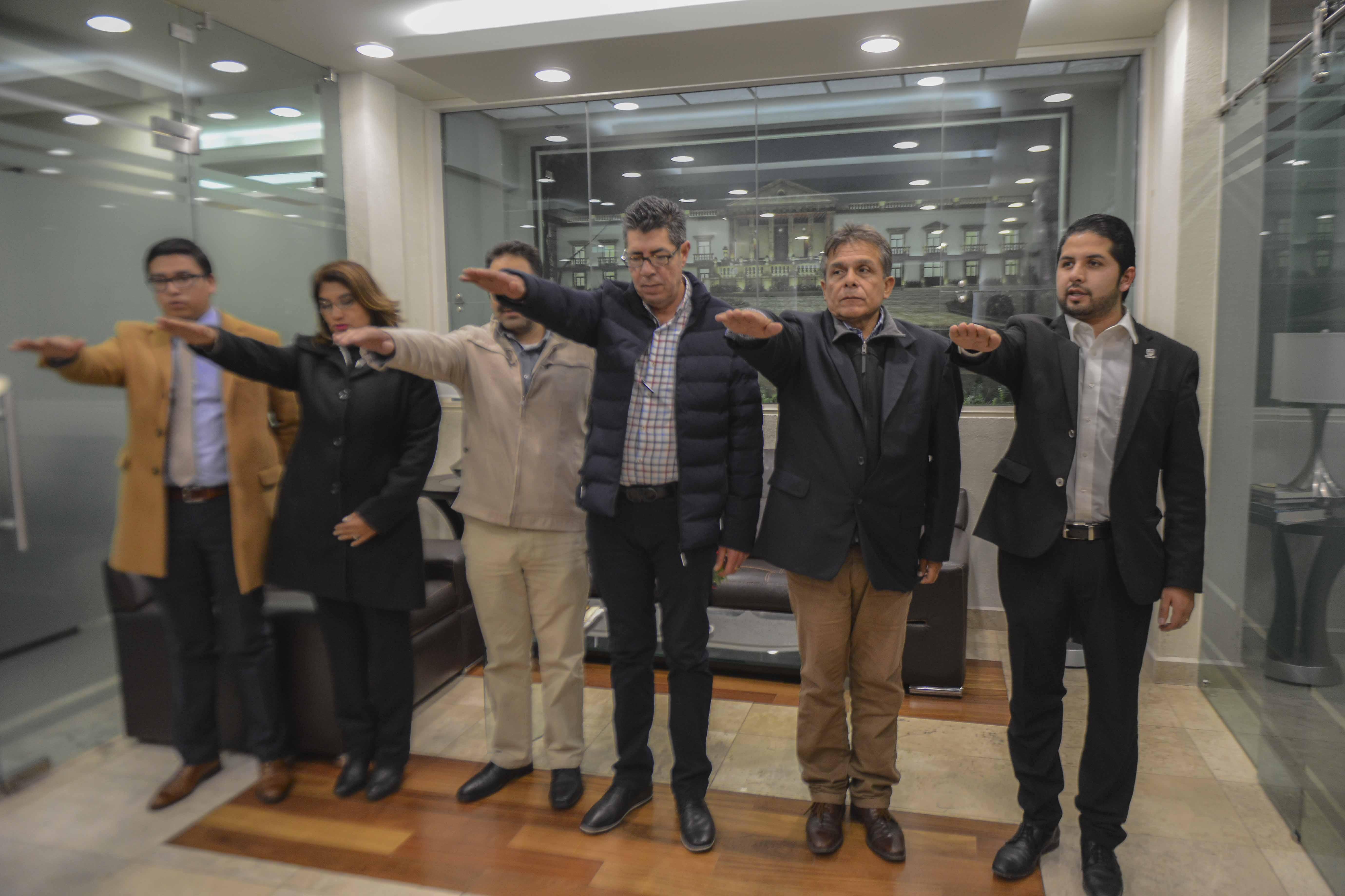 TOMAN PROTESTA AL COMITÉ DE OBRA PÚBLICA DEL MUNICIPIO