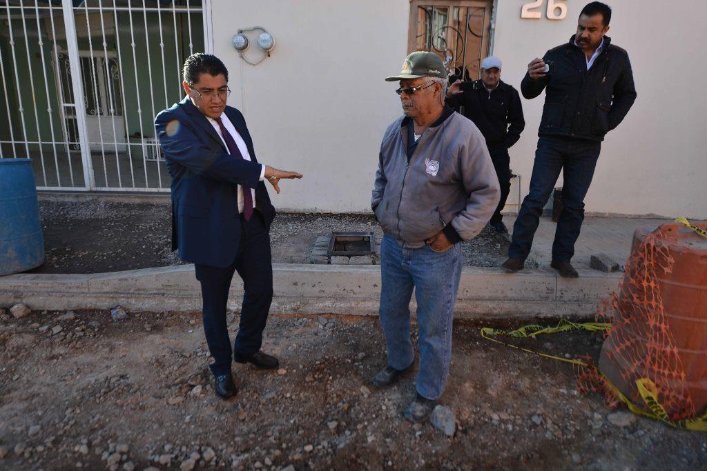 SUPERVISA SAÚL MONREAL OBRAS EN COLONIAS Y COMUNIDADES DE FRESNILLO