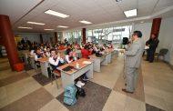 """PARTICIPAN ESTUDIANTES FRESNILLENSES EN LA CONFERENCIA: """"UN POCO DE ARTE PARA LAS NUEVAS GENERACIONES"""""""