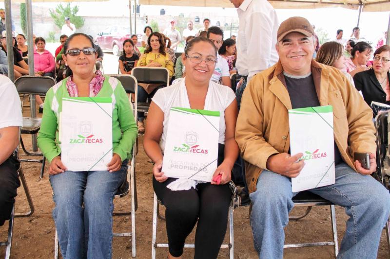 BRINDA GOBIERNO ESTATAL CERTEZA JURÍDICA SOBRE SU VIVIENDA A MÁS DE 5 MIL FAMILIAS