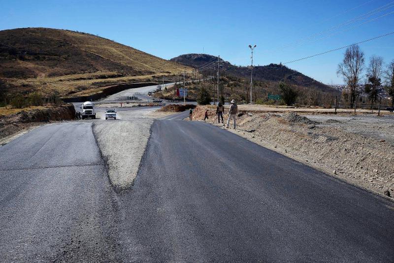 REGISTRA 75% DE AVANCE CONSTRUCCIÓN DE ROTONDA DEL ENTRONQUE A VETAGRANDE