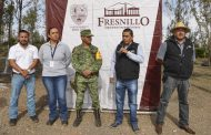 APOYAN SOLDADOS DEL 97 BATALLÓN DE INFANTERÍA EN LA XXXIII MEGABRIGADA UN DÍA POR FRESNILLO, EN LA PRESA DE RIVERA