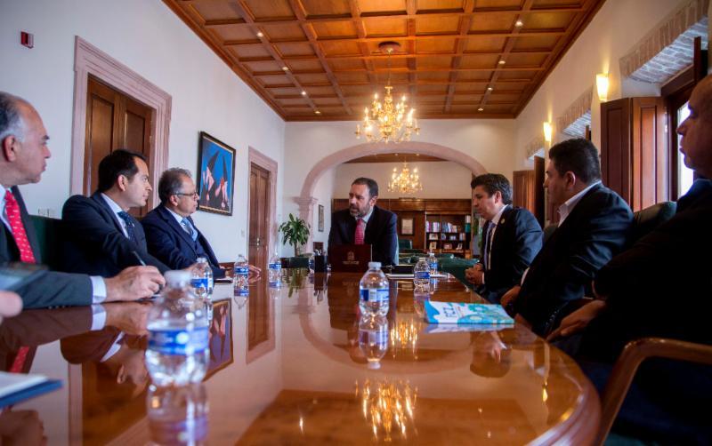 ACUERDAN GOBERNADOR Y PRESIDENTE NACIONAL DE CANIRAC FORTALECER AL SECTOR RESTAURANTERO