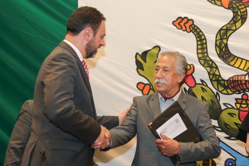 EL ARTISTA PLÁSTICO ISMAEL GUARDADO SE CONVIERTE EN HIJO PREDILECTO DE ZACATECAS