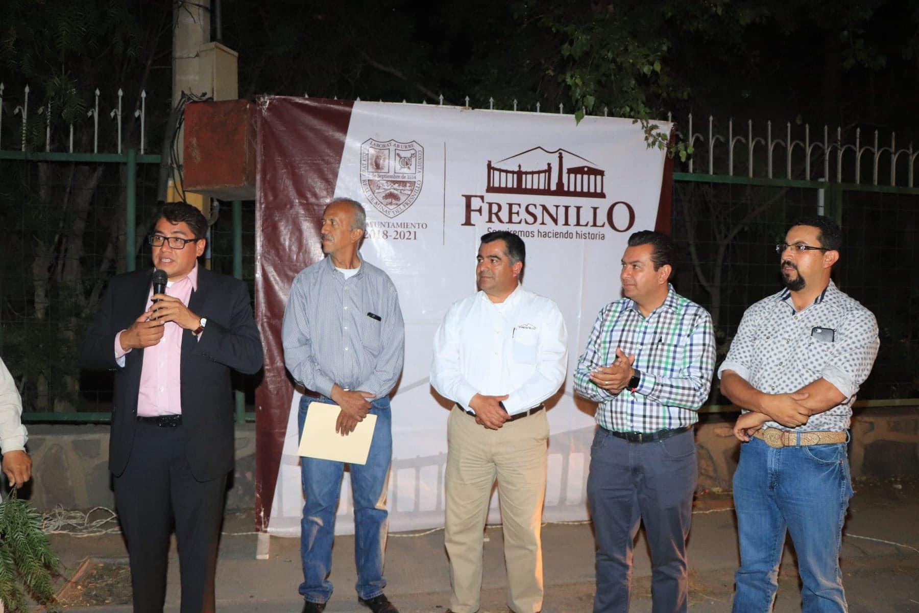 ENTREGA SAÚL MONREAL PROYECTO DE ILUMINACIÓN EN CALZADA PROAÑO