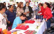 HABITANTES DE SAIN ALTO SE BENEFICIAN CON PROGRAMAS Y SERVICIOS DE FERIA DIFERENTE