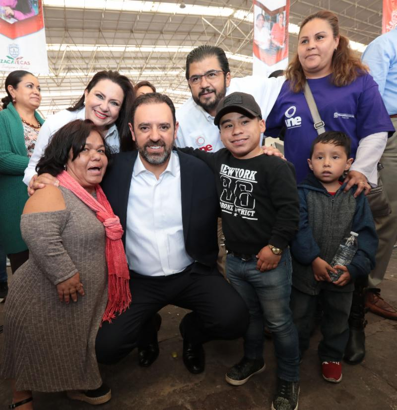 PROGRAMA UNE RESPALDA A MÁS DE 1 MIL 700 EMPRENDEDORES CON CRÉDITOS PARA EL DESARROLLO SOCIAL