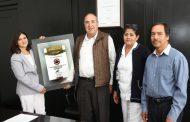 RECIBEN SEIS CENTROS DE SALUD CERTIFICADO DE CALIDAD AMBIENTAL 2019