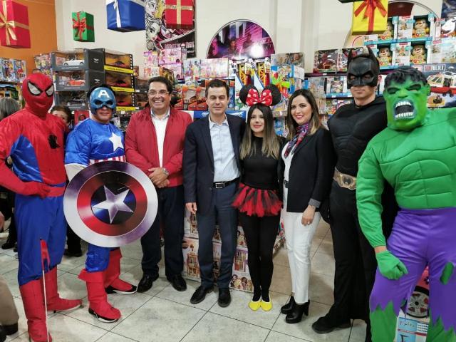 ABRE SUS PUERTAS BAZAR NAVIDEÑO DEL ISSSTEZAC