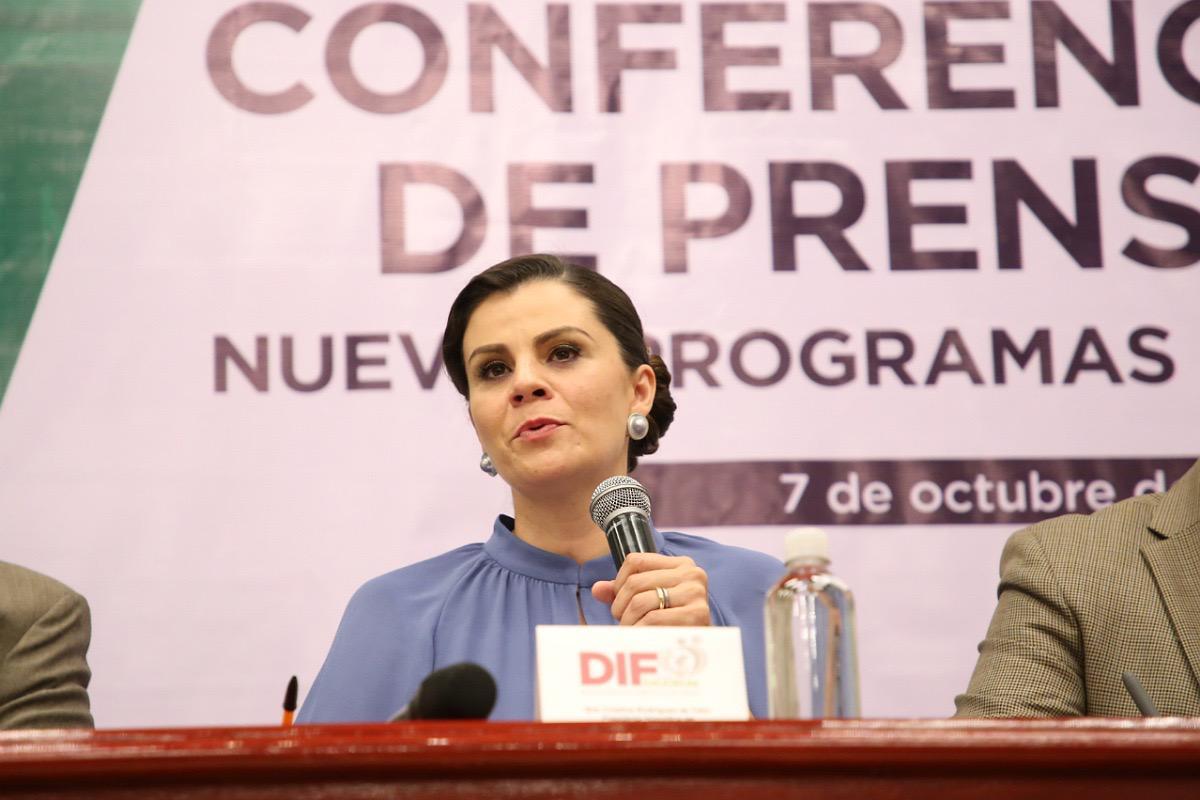 EN BENEFICIO DE MÁS DE 50 MIL ZACATECANOS, PRESIDENTA DE SEDIF ANUNCIA 5 NUEVOS PROGRAMAS SOCIALES