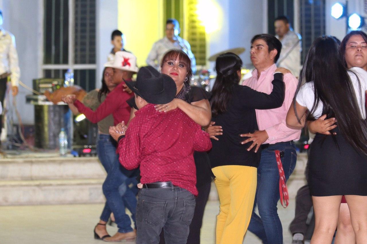 CELEBRAN EL 15 ANIVERSARIO DEL TIANGUIS LIBERTADORES