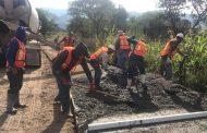 Ultiman detalles a Plaza Pública en la comunidad Los Guapos