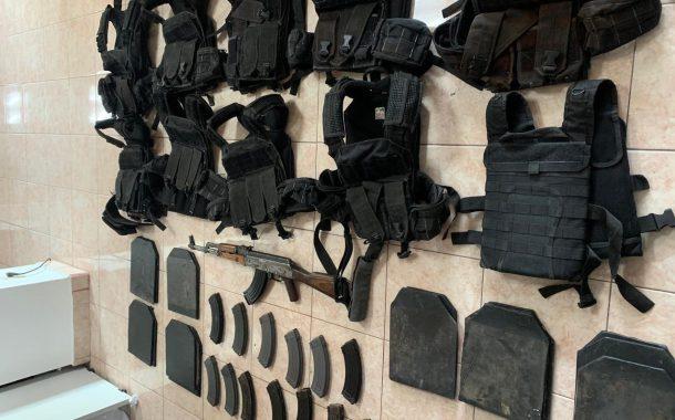 POLICÍA ESTATAL DETUVO EN OJOCALIENTE A SIETE PERSONAS Y ASEGURÓ ARMAMENTO Y EQUIPO TÁCTICO