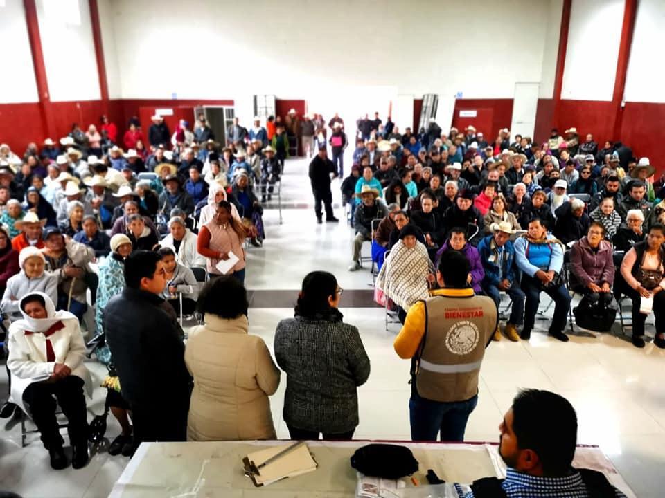 Entrega Gobierno de México 8 mdp a los adultos mayores de siete municipios