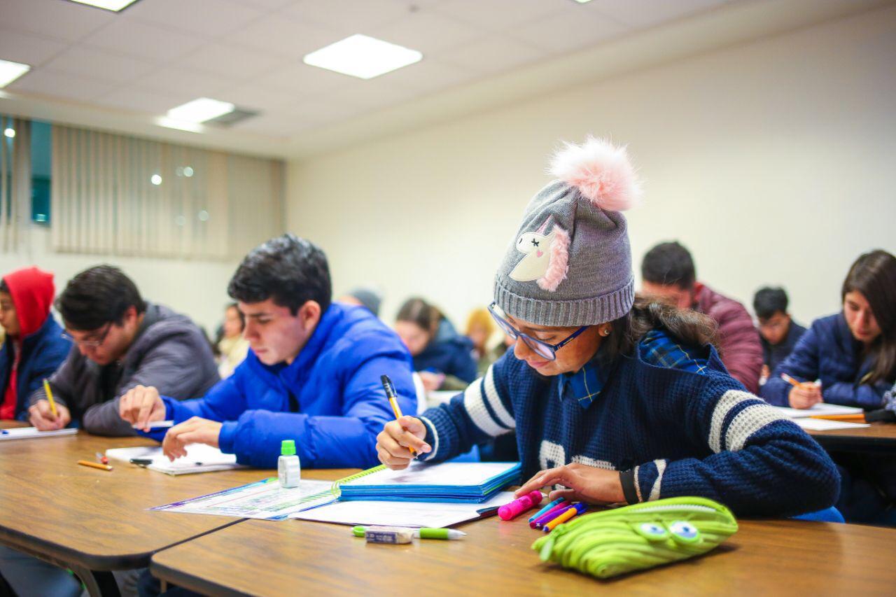 Abierta convocatoria a becas Jóvenes Escribiendo el Futuro de Educación Superior