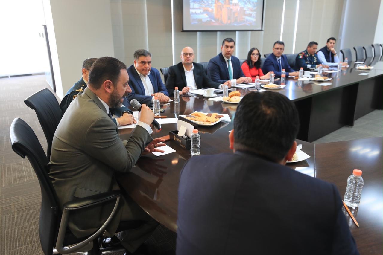 CONVOCA GOBERNADOR A ALCALDES A CERRAR FILAS Y FORTALECER LA COORDINACIÓN Y LA COMUNICACIÓN