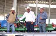 ENTREGAN IMPLEMENTOS AGRÍCOLAS A PRODUCTORES DEL CAMPO