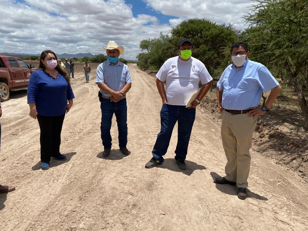 BENEFICIAN AL CUERVO Y LOS ROSALES CON LA REHABILITACIÓN DEL CAMINO PRINCIPAL