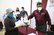ENTREGA SAÚL MONREAL EQUIPO DE PROTECCIÓN A PERSONAL DE SERVICIOS PÚBLICOS