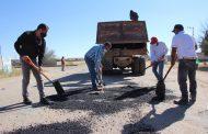 Se realiza bacheo en carretera federal por parte del Gobierno Municipal