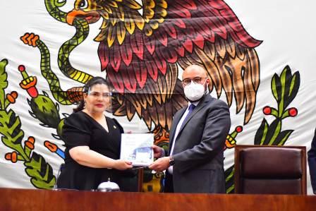 El fiscal General de Justicia del estado rindió su tercer informe de actividades ante la LXIII Legislatura